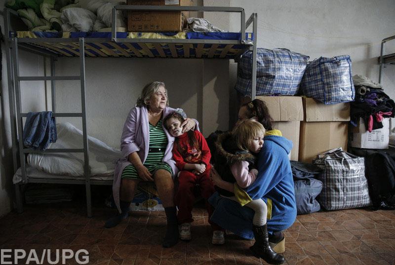 Убежавшие от войны дончане возвращаются из-за того, что их не приняли на мирных территориях
