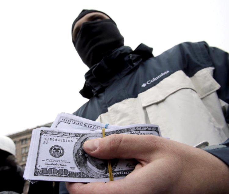 Сумбурная регуляторная политика и высокий уровень коррупции мешают бизнесу не меньше, чем война