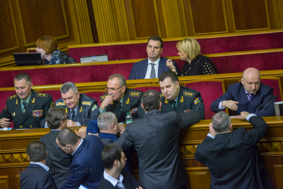 Народные депутаты приняли все законопроекты, касающиеся повышения боеспособности