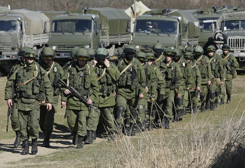 Военные эксперты рассказали, зачем российские дивизии подошли к Донбассу