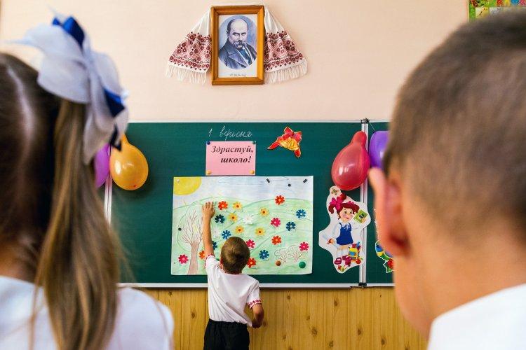 """""""Апостроф"""" разобрался в новых правилах приема в школу"""