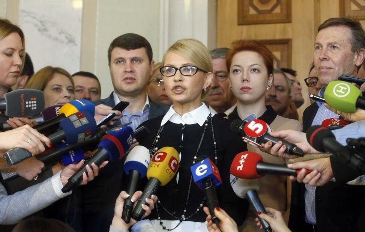 Блогеры считают, что Тимошенко рассчитывает на досрочные выборы