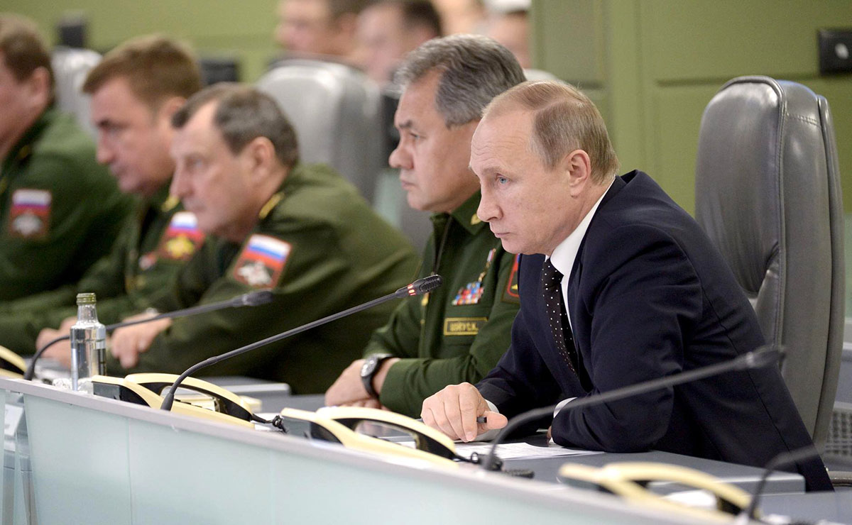 Почему Россия не будет воевать на два фронта