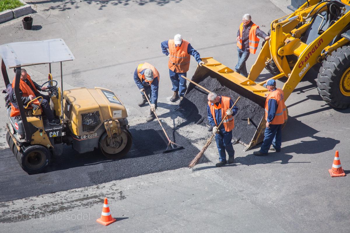 Кабмин решил заняться восстановлением дорог, но денег выделено слишком мало