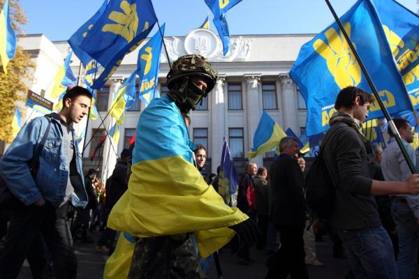 Партия Олега Тягнибока провела в Киеве масштабную акцию в честь ОУН-УПА