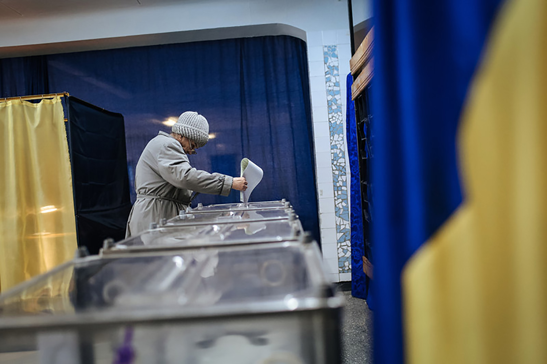 Напередодні виборів боротьба за виборця стає все більш витонченою
