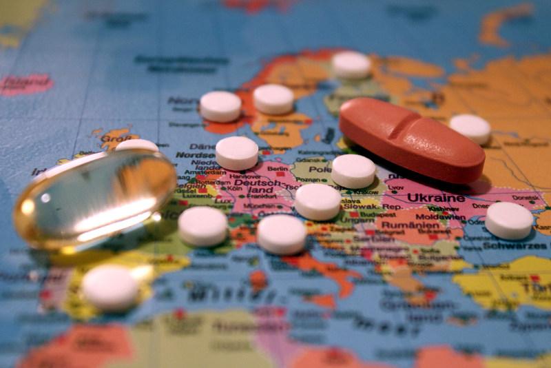 Правительство отменило дублирование контроля качества ввозимых лекарств