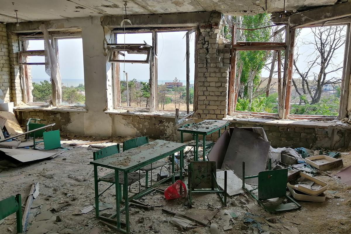 Школы-призраки в прифронтовой зоне