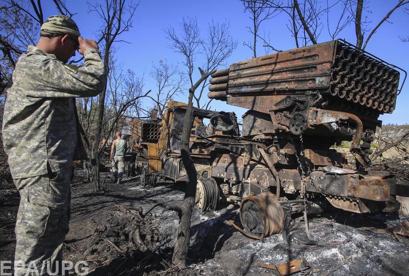 Російська і українська армія втратили на сході багато броньованої техніки та артилерії