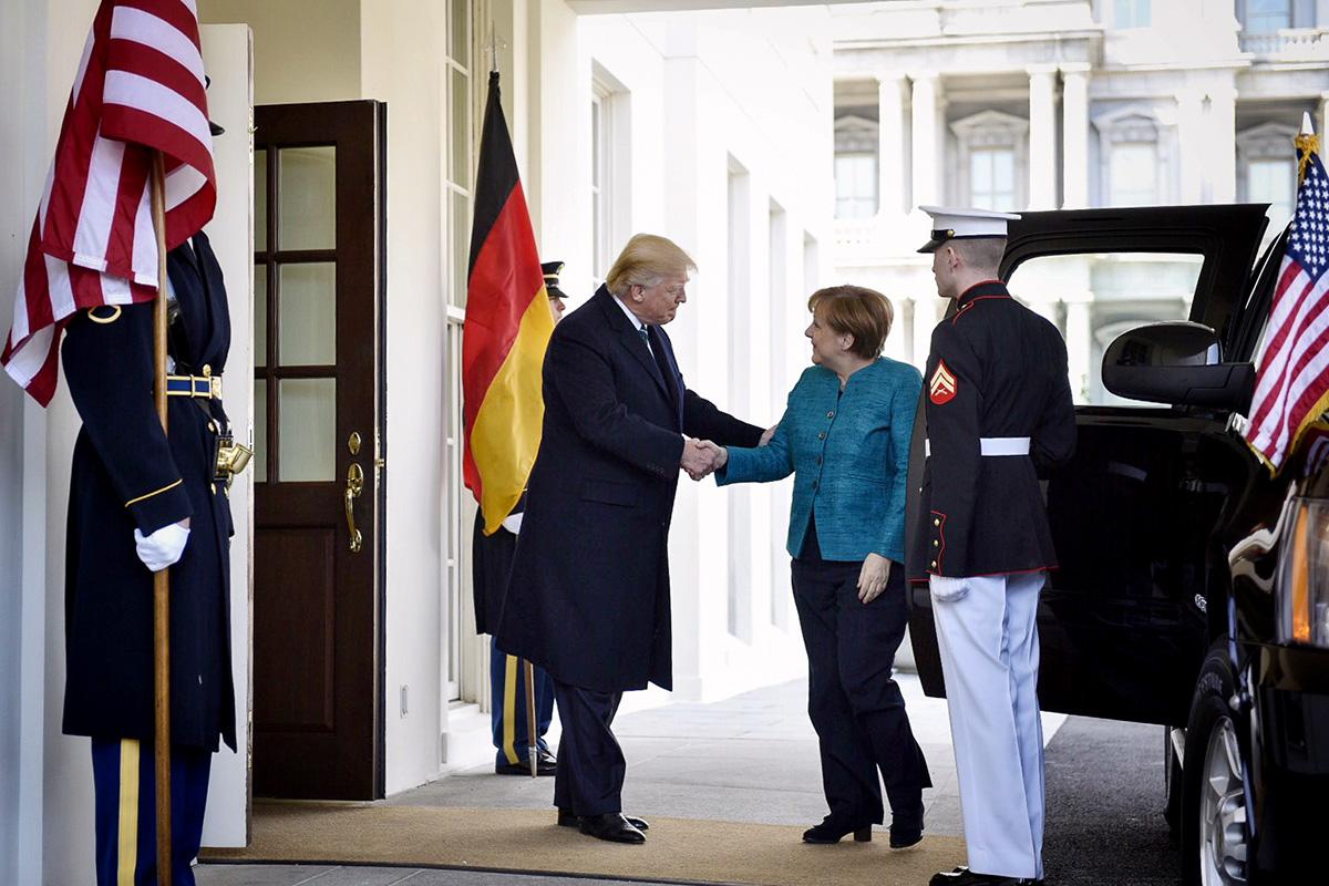 """Встреча была в первую очередь """"пристрелкой"""" двух очень разных лидеров друг к другу"""