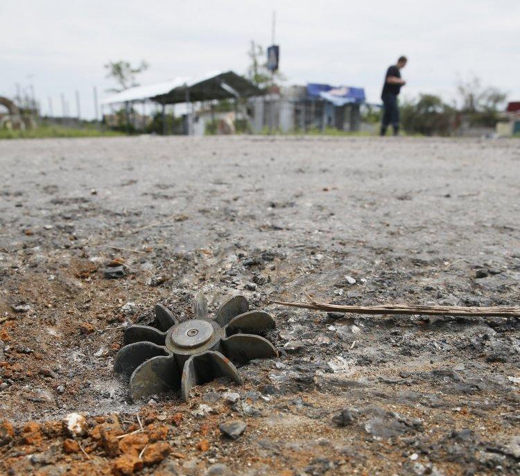 Неразорвавшиеся боеприпасы несут опасность для жителей Донбасса