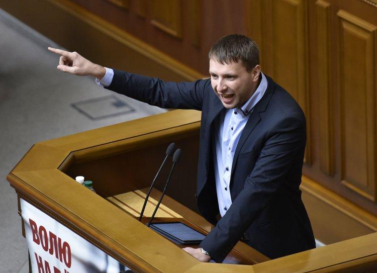 Как блогеры отреагировали на скандал вокруг покушения на Владимира Парасюка