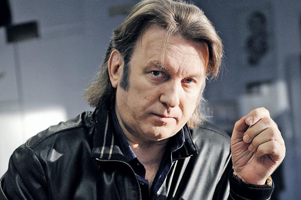 Российский певец уверен, что является специалистом в сфере торговли оружием в Украине