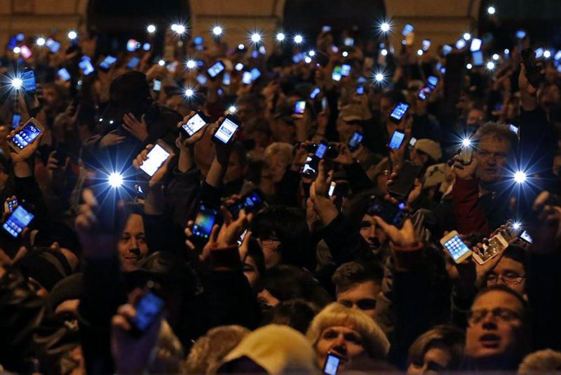 Демонстранты требуют отставки премьер-министра Виктора Орбана