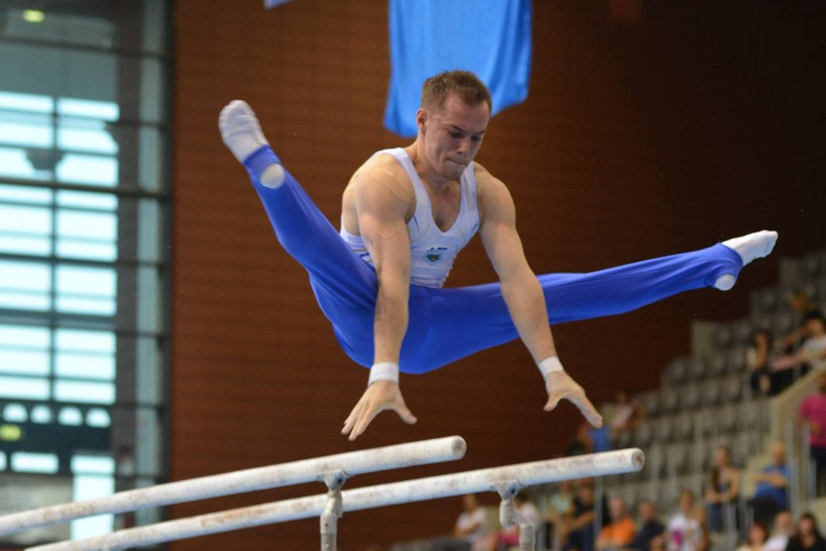 Олег Верняев завоевал золотую медаль на чемпионате мира по спортивной гимнастике