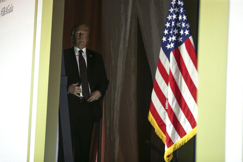 Stratfor про вторинні санкції США