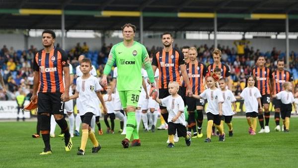 Первая и третья команды первенства встречались в матче 28 тура чемпионата Украины