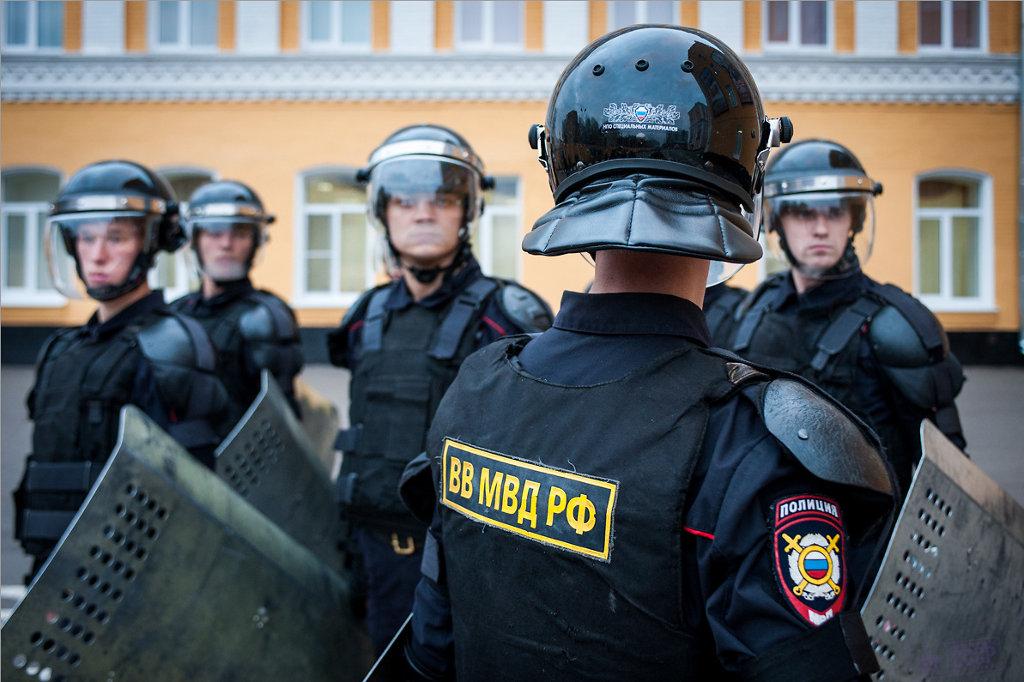 Павел Фельгенгауэр пояснил, в каких условиях в России создали гвардию и почему она не станет Национальной