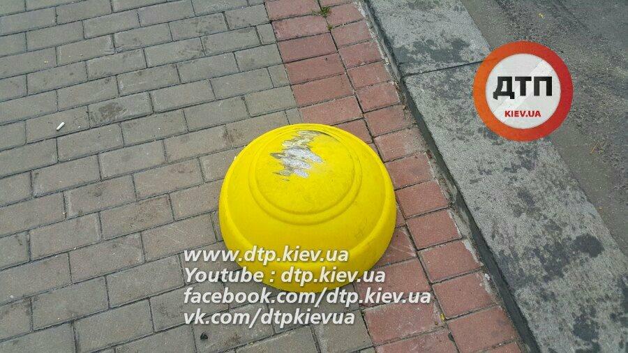 Вцентре столицы Украины работник посольства Азербайджана спровоцировал серьезное ДТП