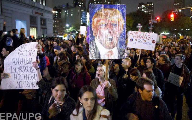 Трамп объявил озаказном характере митингов протеста вСША
