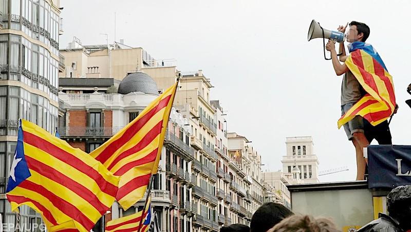 Куда каталонцев, Испанию и всю Европу заведет референдум о независимости