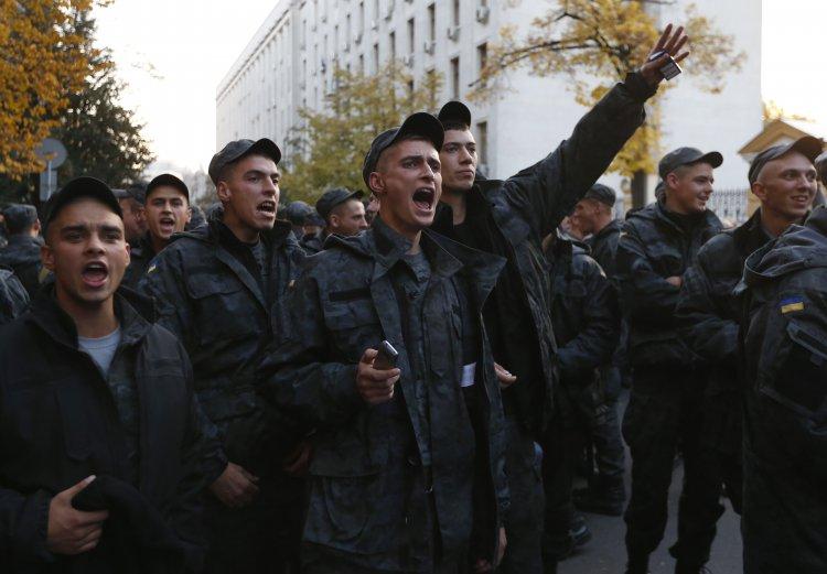 Бойцы Нацгвардии требуют, чтобы их отпустили по домам