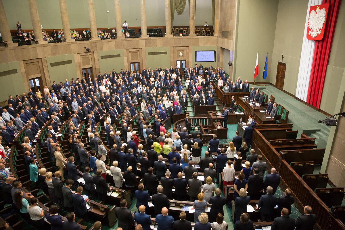 """Перечеркнет ли решение Сейма по """"Волынской резне"""" украинско-польский диалог"""