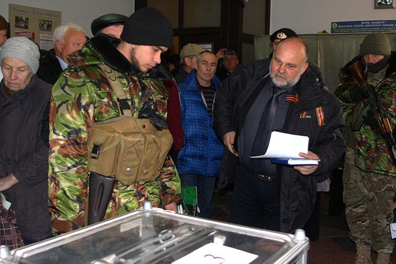 На выборах в самопровозглашенной «ДНР» голосовали преимущественно пенсионеры.