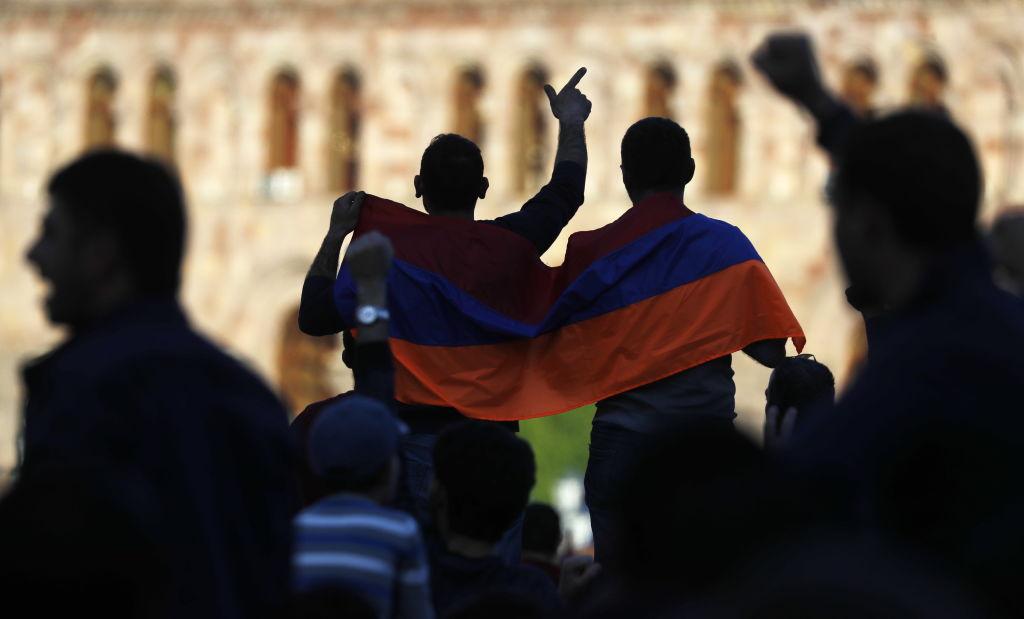 Перевыборы парламента в Армении позволят Пашиняну сконцентрировать власть в своих руках