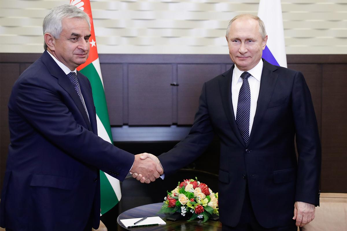 Путін провів перестановки у невизнаній Абзахії