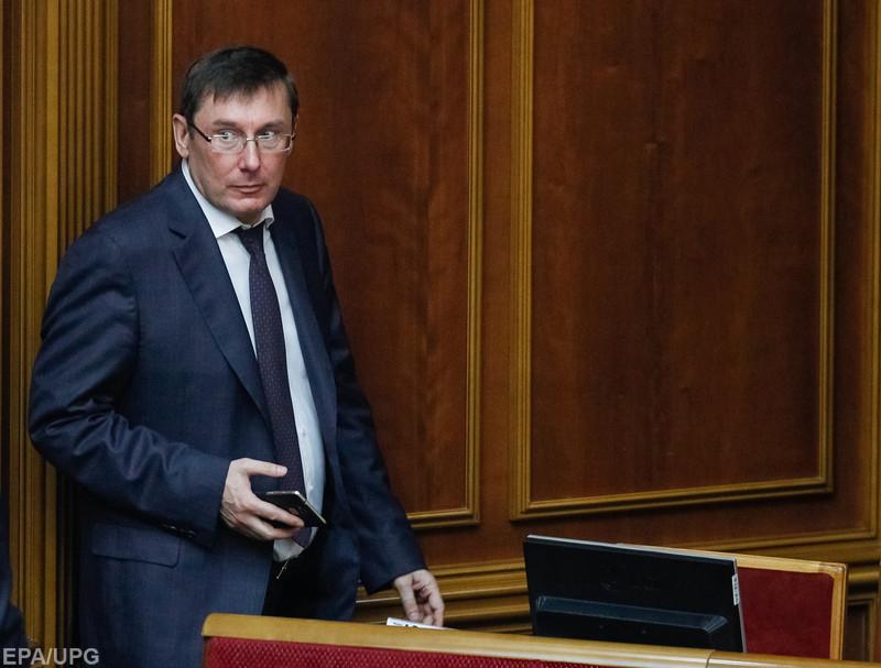 Украинские топ-чиновники могут стать заложниками конкуренции ГПУ и НАБУ