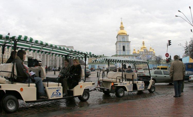 Украина отпугивает туристов негативным имиджем и забюрократизированностью