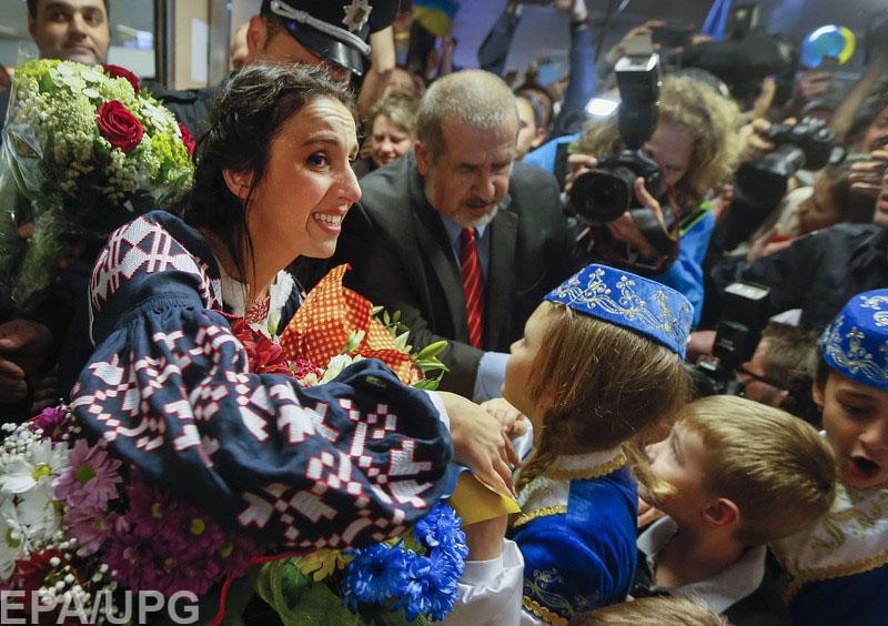 """Благодаря sms от крымских татар с оккупированной территории, Джамала получила 10 баллов """"из России"""""""