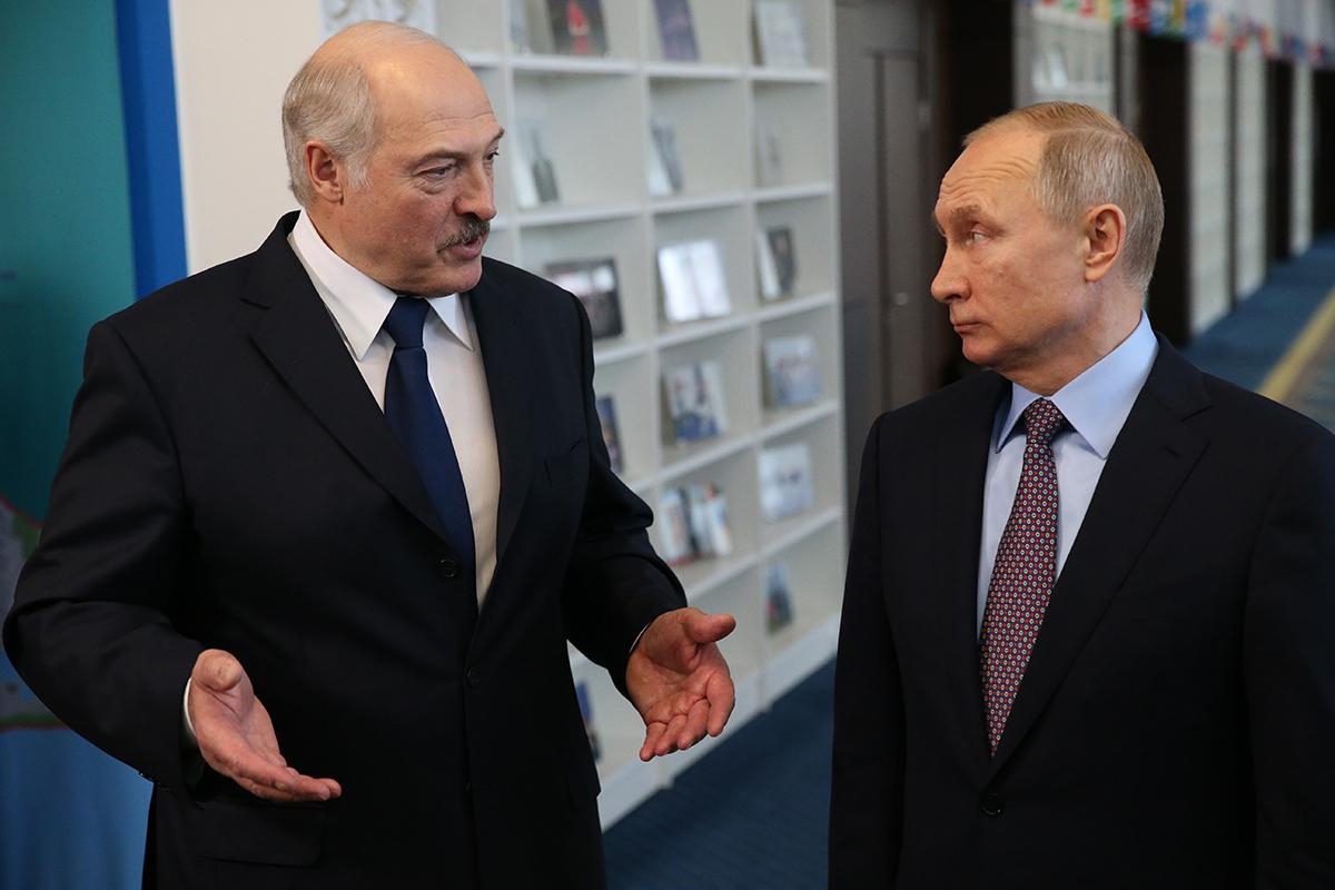 Провал украинских реформ способен лишь ускорить аншлюс Беларуси