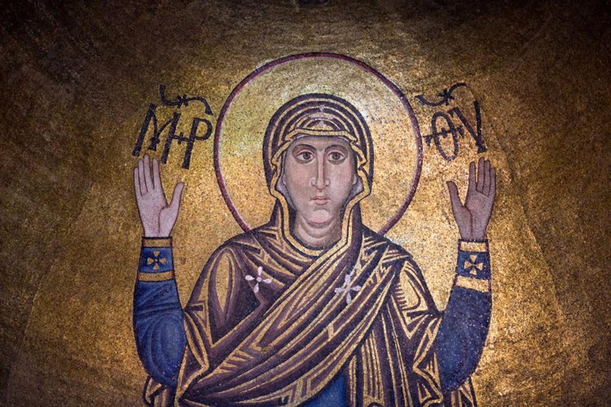 Покров Пресвятой Богородицы - история праздника, традиции и приметы на Покрову