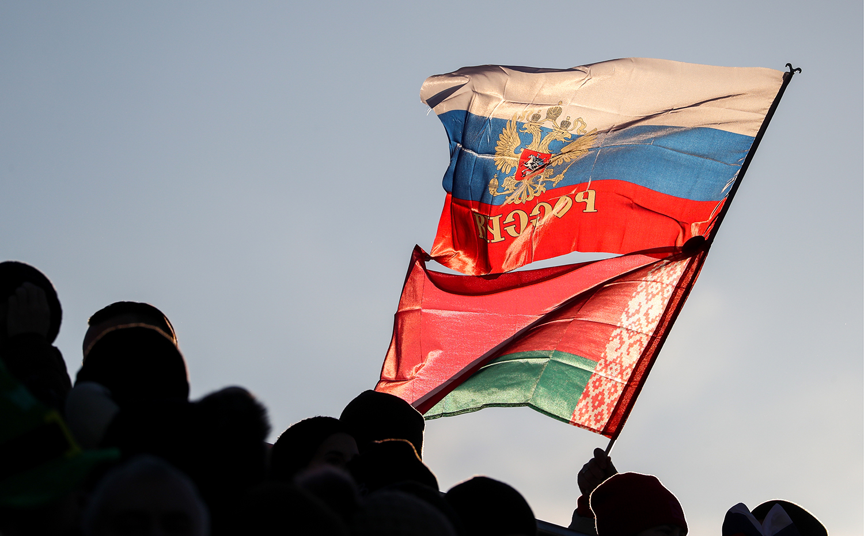 Слава Рабинович о способах поднять рейтинг Путина и сохранить власть