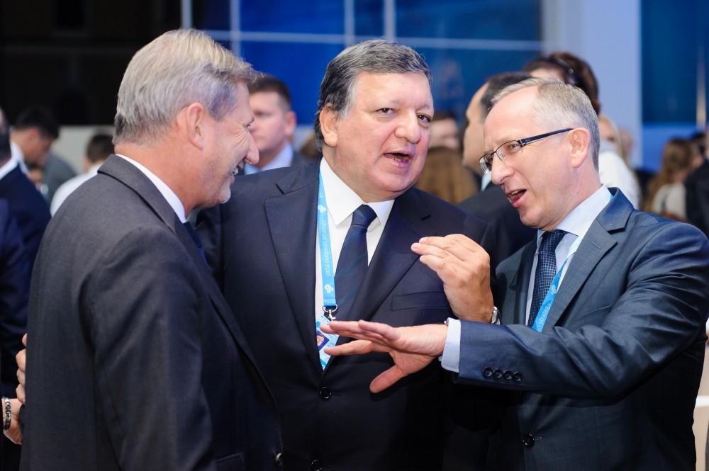 Экс-президент Еврокомиссии о помощи ЕС Украине и том, можно ли оправдывать проблемы войной