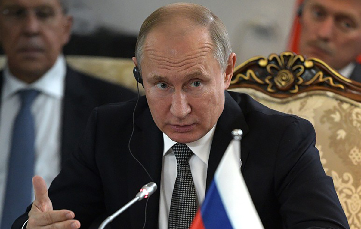 """Российский публицист прокомментировал итоги """"прямой линии"""" Путина"""