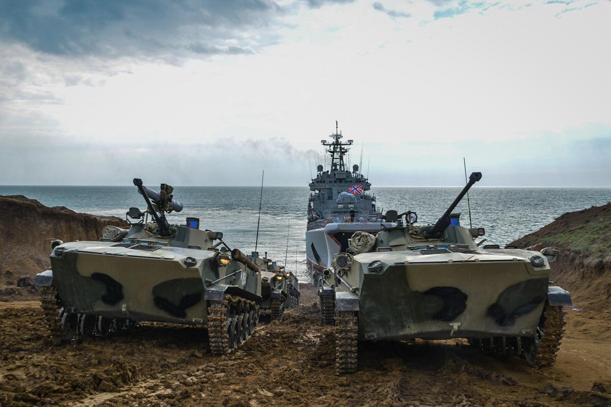Військовий експерт розповів про головну мету Росії в Азовському морі