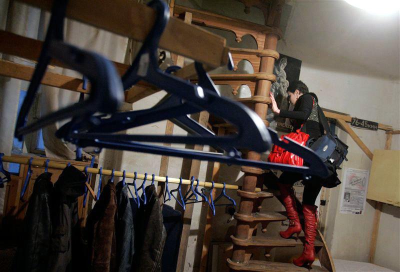 Ритейлеры вынуждены платить роялти за вешалки для одежды