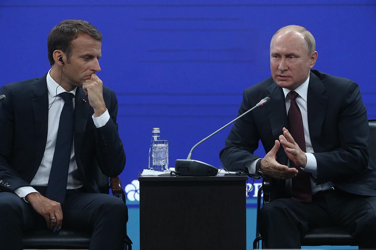 Все подробности встречи президентов Франции и России