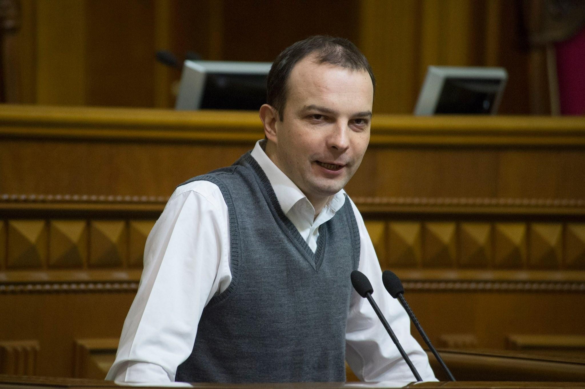 Народный депутат предлагает уволить Авакова и проверить нового главу Нацполиции