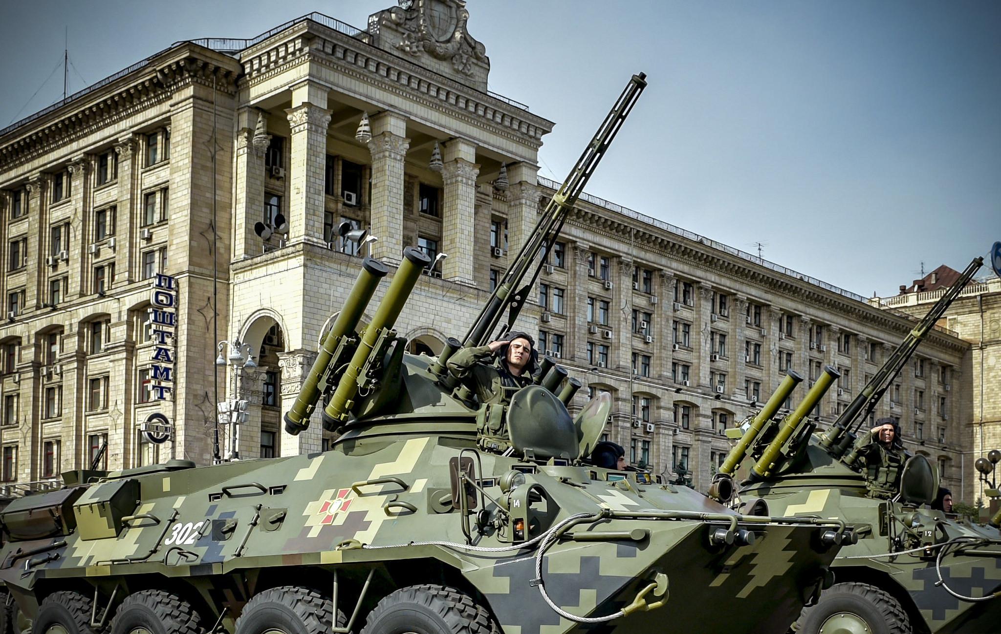 Среди украинцев нет единого мнения о том, нужно ли проводить военный парад ко Дню Независимости