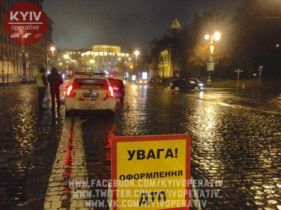 ВКиеве случилось жуткое ДТП: молодой шофёр врезался втрамвай спассажирами