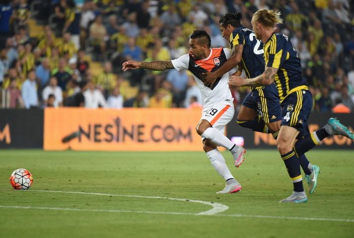 Донецкий клуб начал выступление в Лиге чемпионов с выездной ничьей против команды из Турции
