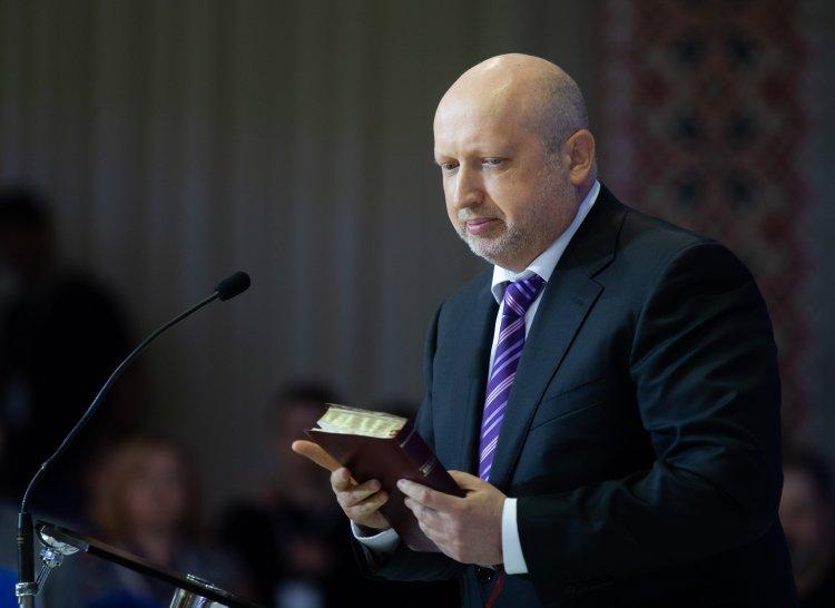Турчинов готовит свою партию, которую он хочет построить на базе объединения протестантских церквей