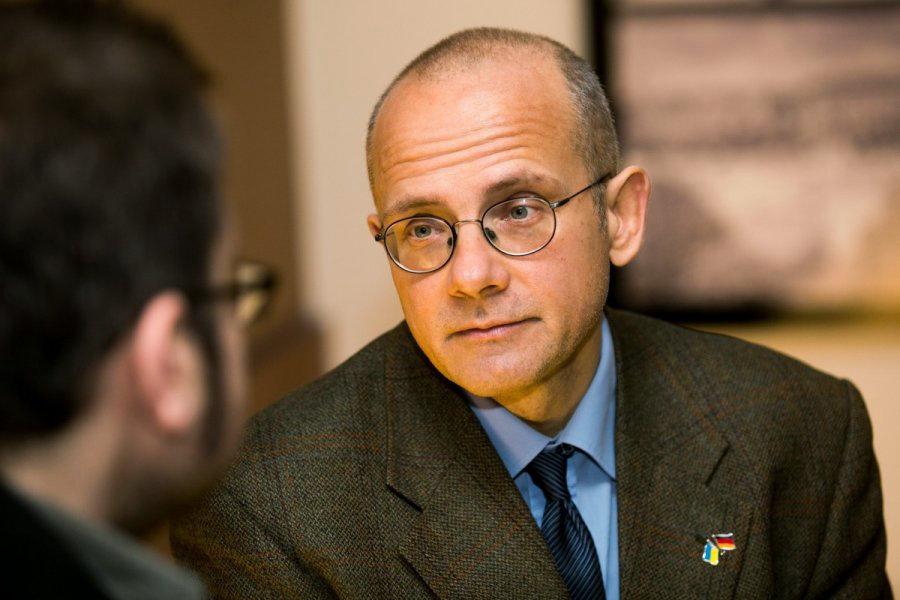 Немецкий политолог рассказал, каким на самом деле должен быть режим санкций