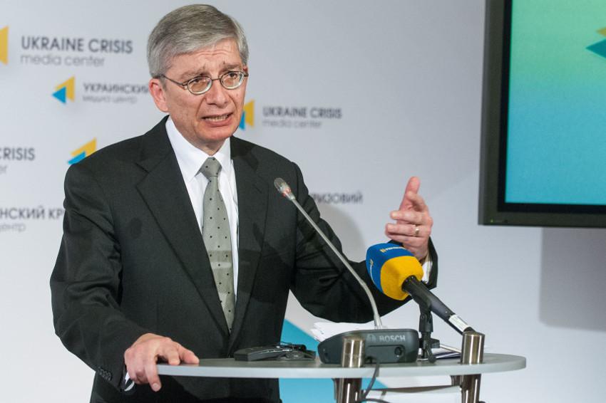 Президент Всемирного конгресса украинцев рассказал, как диаспора помогает воинам АТО