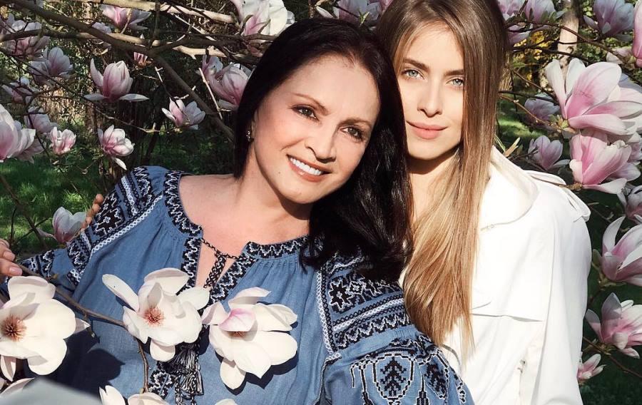 соня евдокименко и ее брат фото этом году
