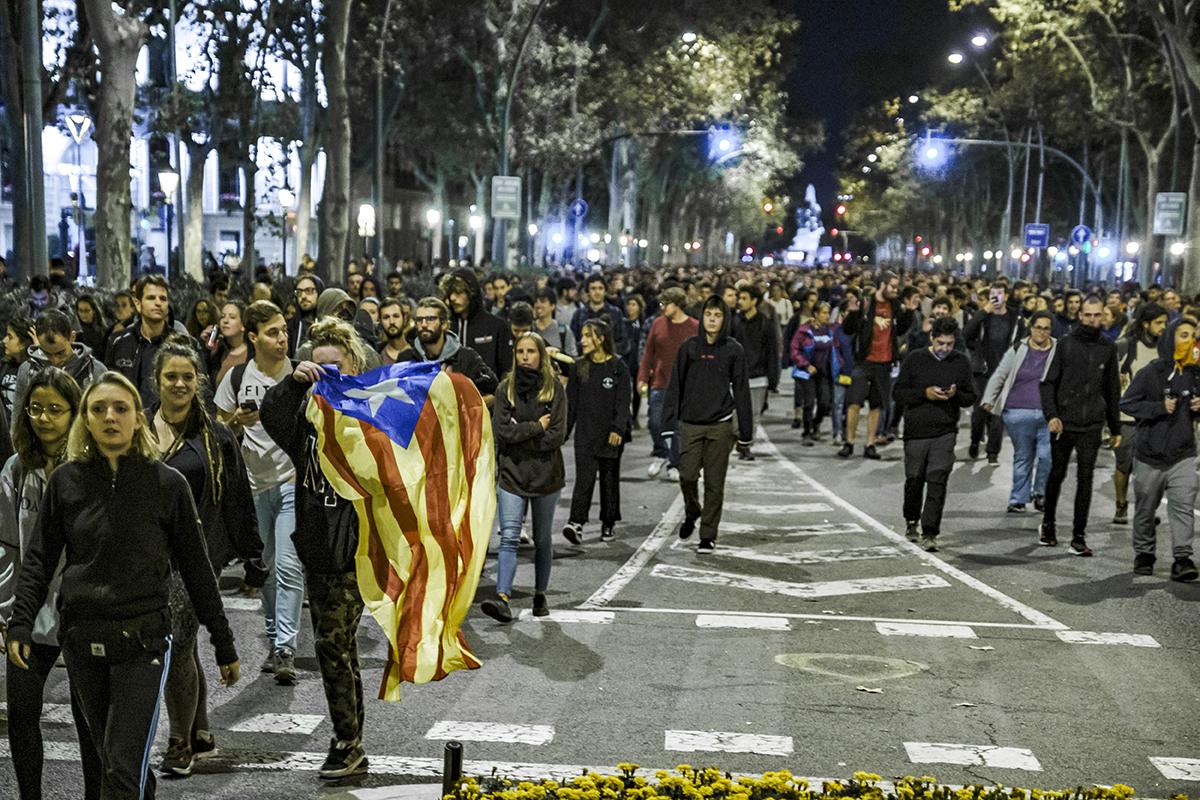 Как долго продлится насилие на улицах Барселоны